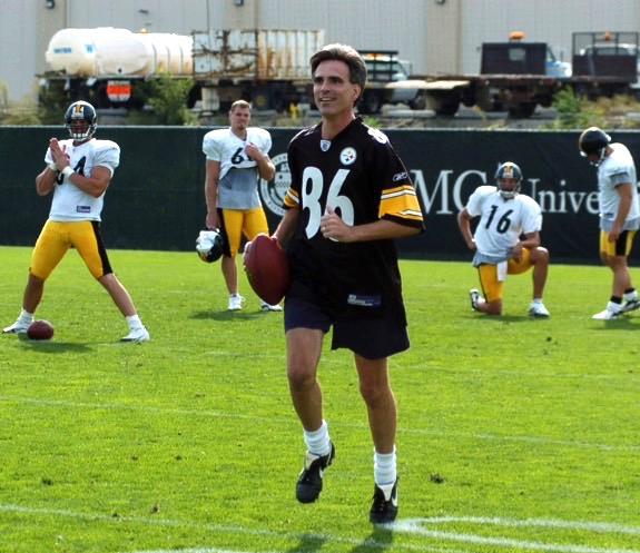 Pausch could be complaining, but he would rather practice with the Pittsburgh Steelers.